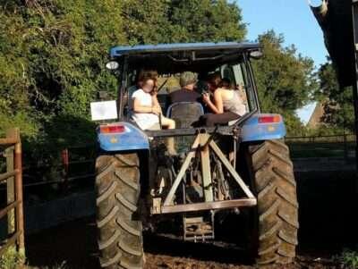 Tracteur Camping Ferme de La Brauge